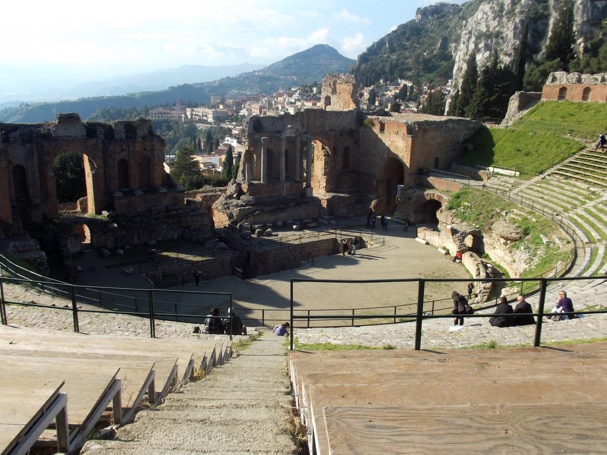 Taormina - Uma das jóias da Sicília na Itália.