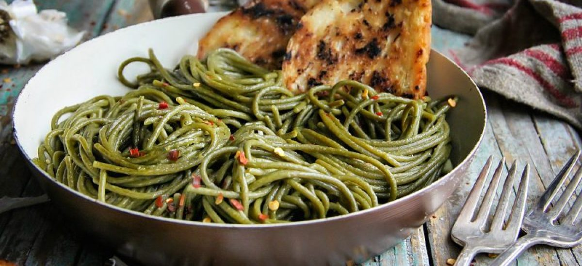 Olive Oil-Garlic SuperGreens Spaghetti