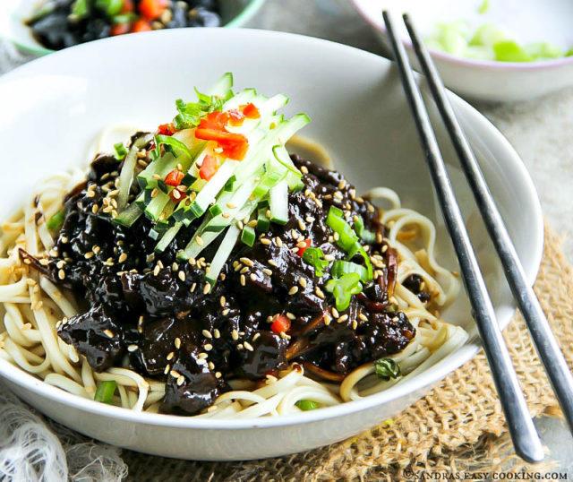 Korean Black Bean Noodles -Jjajangmyeon