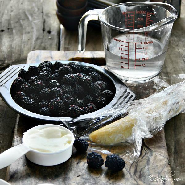 Blackberry-Banana Smoothie