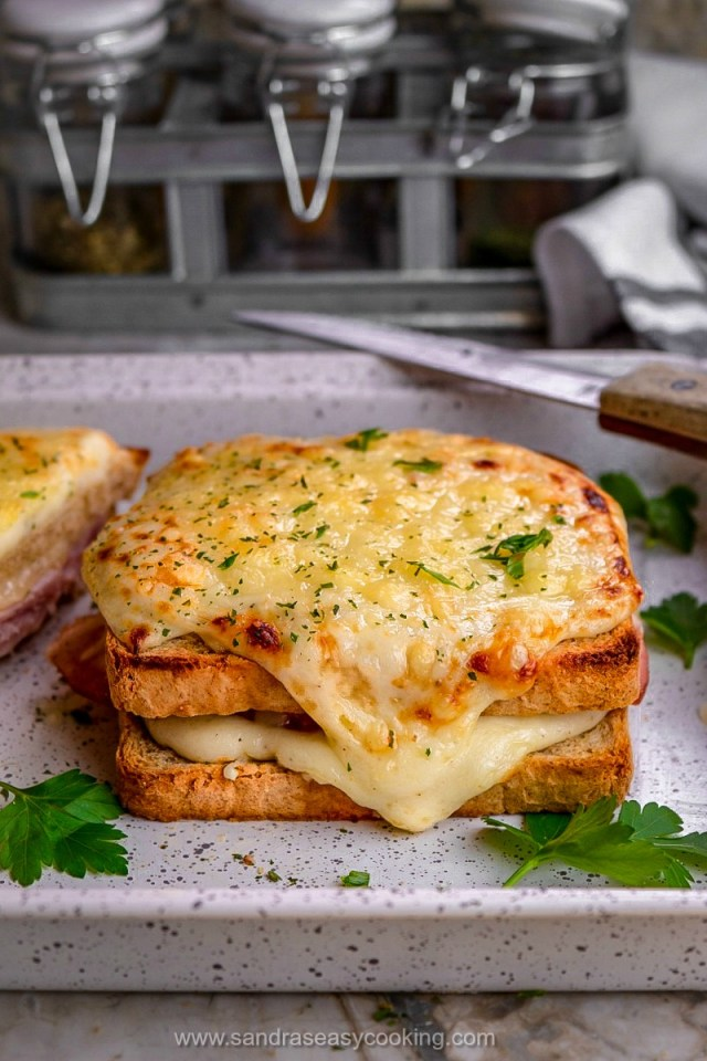 Croque-Monsieur Sandwich Recipe