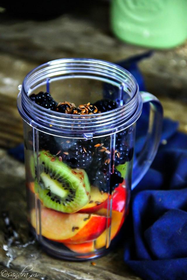 Nectarine, Kiwi and Blackberry Smoothie