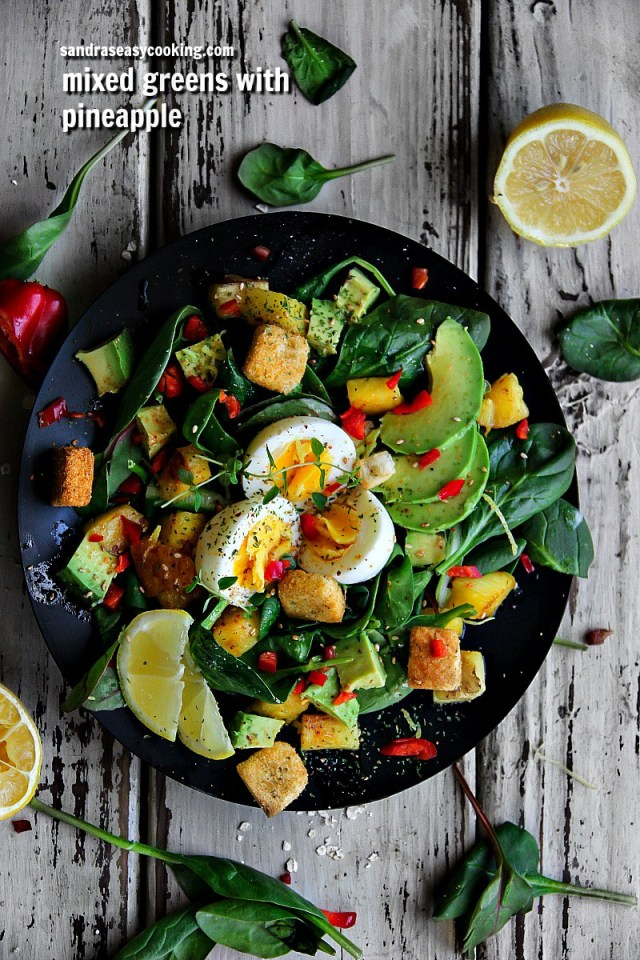 Easy Recipe for Mixed Greens Salad with Pineapple