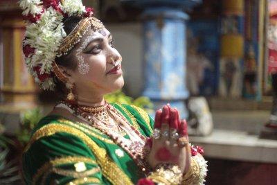 Mahari Dancer from Puri by Sandrine DA COSTA
