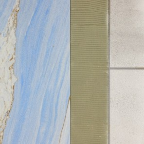 Sandstone for bathrooms and spa areas directly on old tiles