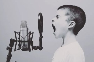 strategies to respond to negative reviews