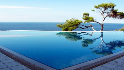 Pool-to-Ocean-HD-Wallpaper
