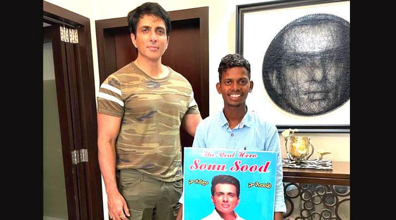 Man walked barefoot from Hyderabad to meet icon Sonu Sood   Sangbad Pratidin