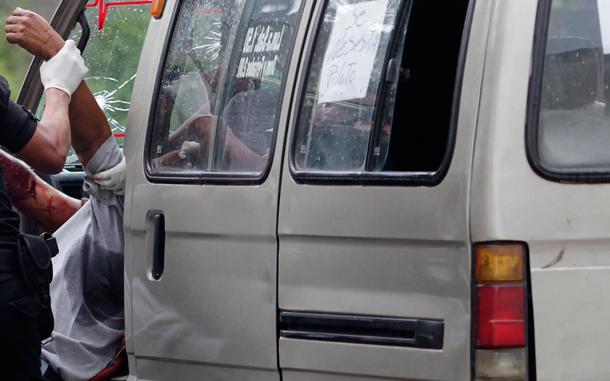 माइक्रो भित्रै युवती बलात्कृत, चालकलाइ पुलिसले समात्यो रंगे हात, जबर्दस्ती करणी मुद्दा दायर