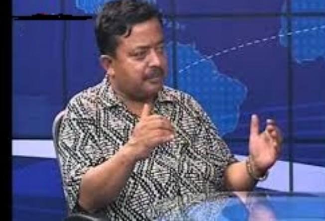 """गृहमन्त्री रामबहादुर थापा """"भारतीय दलाल"""", हरेक पल निगरानी जरुरी : भरत दाहाल"""