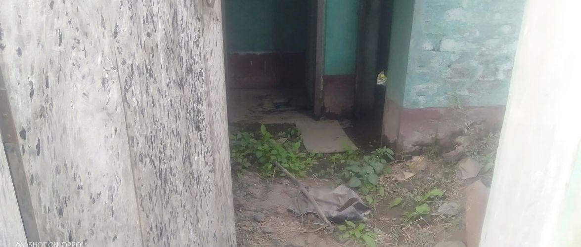 फोहोरबाट रौतहटका सरकारी विद्यालयहरुको शौचालय प्रयोग विहिन, शौच गर्न खेतमा जानुपर्ने बाध्याता ।