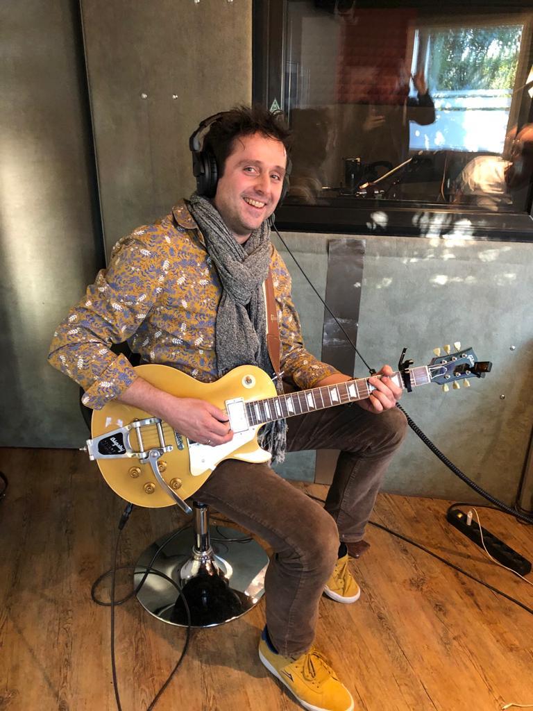 Bernd Sangmeister, Gitarren