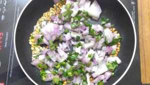 Kara kozhukattai - onion