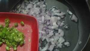 Aloo paratha -green chillies
