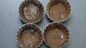 Choco lava cake -dusted cups
