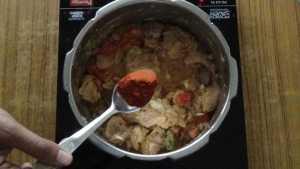 Mutton thin gravy -chilli powder