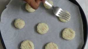 Coconut cookies -press