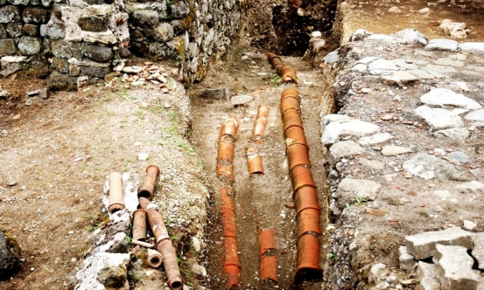 Ancient Pipes 1stCent