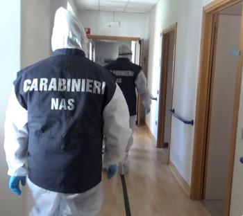 I Carabinieri a caccia dei furbetti del vaccino
