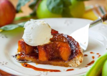Apple Tarte Tatin with ice cream