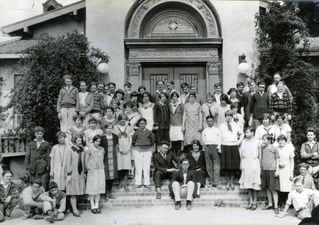 1915 Reunion in Front of San Juan High School