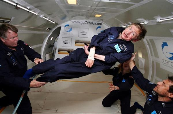 「ホーキング博士 飛行機」の画像検索結果