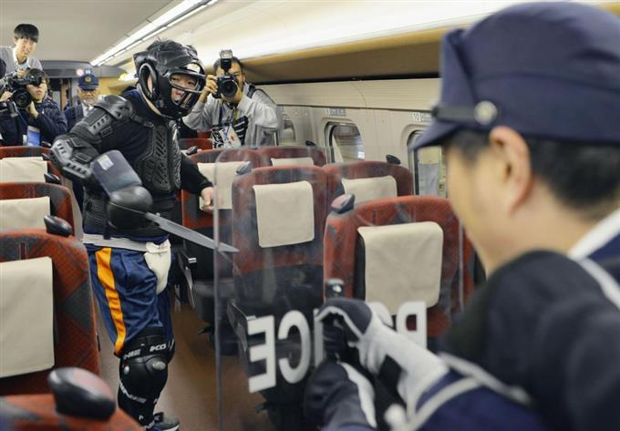 北陸新幹線で殺傷事件訓練 JR西日本と石川県警 - 読んで見 ...