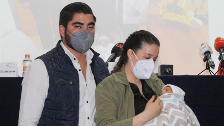 Raymundo, el bebé potosino que nació con anticuerpos contra Covid-19