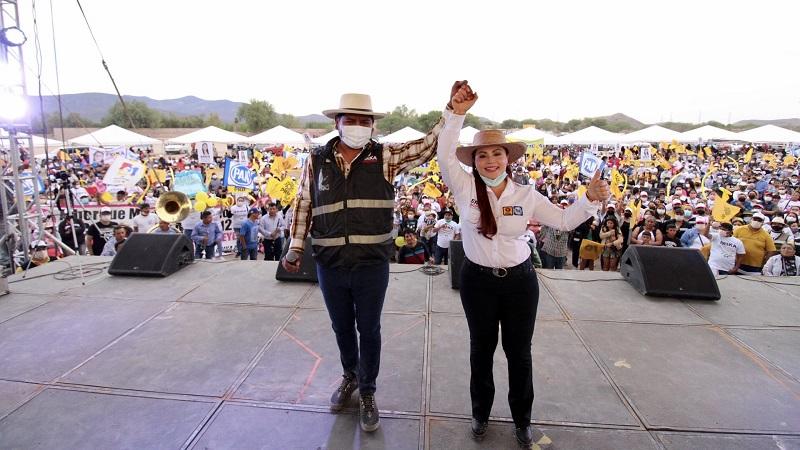 Se vuelca Villa de Reyes en apoyo a Erika Briones en arranque de campaña