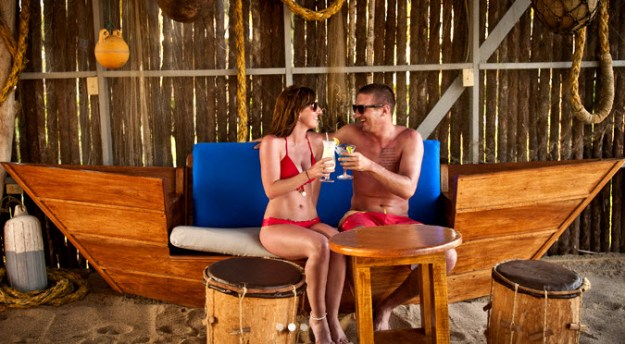 Belize Wedding Couple Drinks