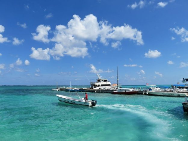 Gorgeous GORGEOUS day in downtown San Pedro, Belize