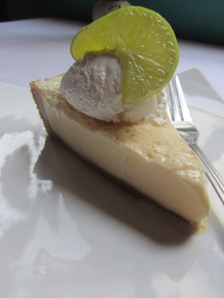 key-lime-pie-best-in-belize-elvis