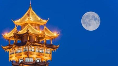 artificial_moon_china