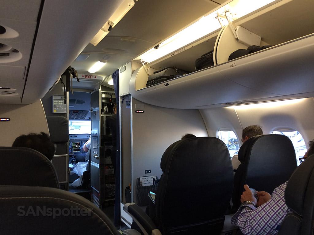 United Express ERJ175 first class San Diego to Los