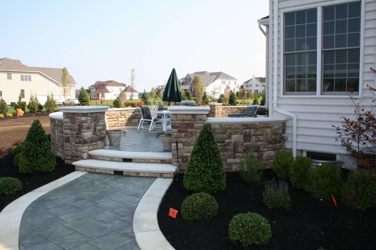 20180320 stone raised patio wall