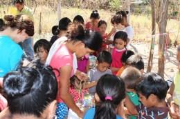 Craft project in El Pilar