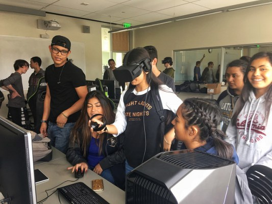 "CSUMB ""Game Jam"" Introduces Virtual Reality to First Generation Students"