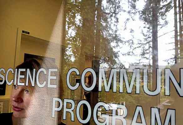 UCSC Science Communication director sees groundswell of support for field