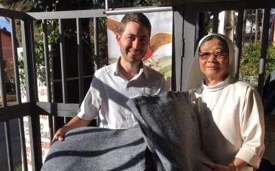 Entidades da região recebem doações de cobertores