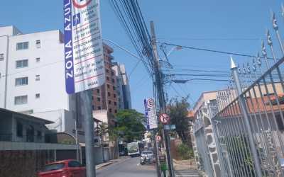 Mais 30 ruas de Itaúna terão estacionamento rotativo