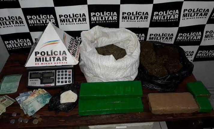 Homem é detido com carro clonado, documentos falsos e droga em Itaúna