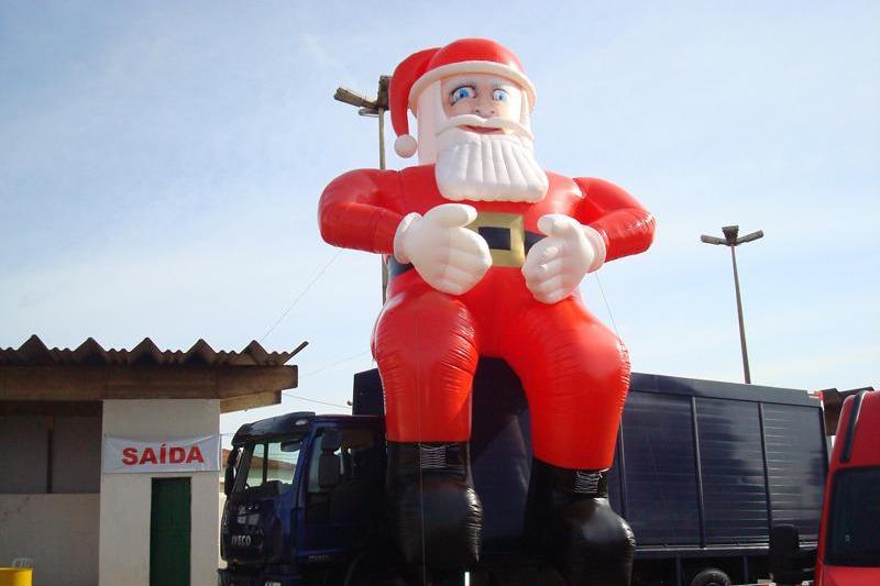 Papai Noel de 8 metros e 200 kg é furtado na Grande BH