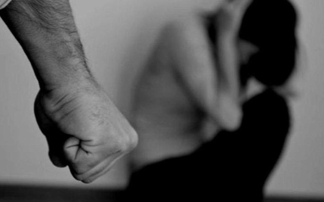 Nova lei prevê que síndicos devem comunicar suspeitas de violência contra mulher