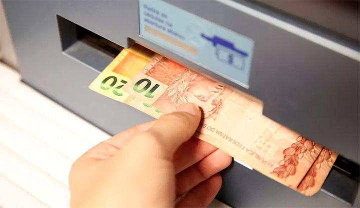Governo inicia pagamento da segunda parcela do Bolsa Merenda ...