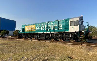MG começa a testar primeira locomotiva 100% elétrica da mineração no Brasil