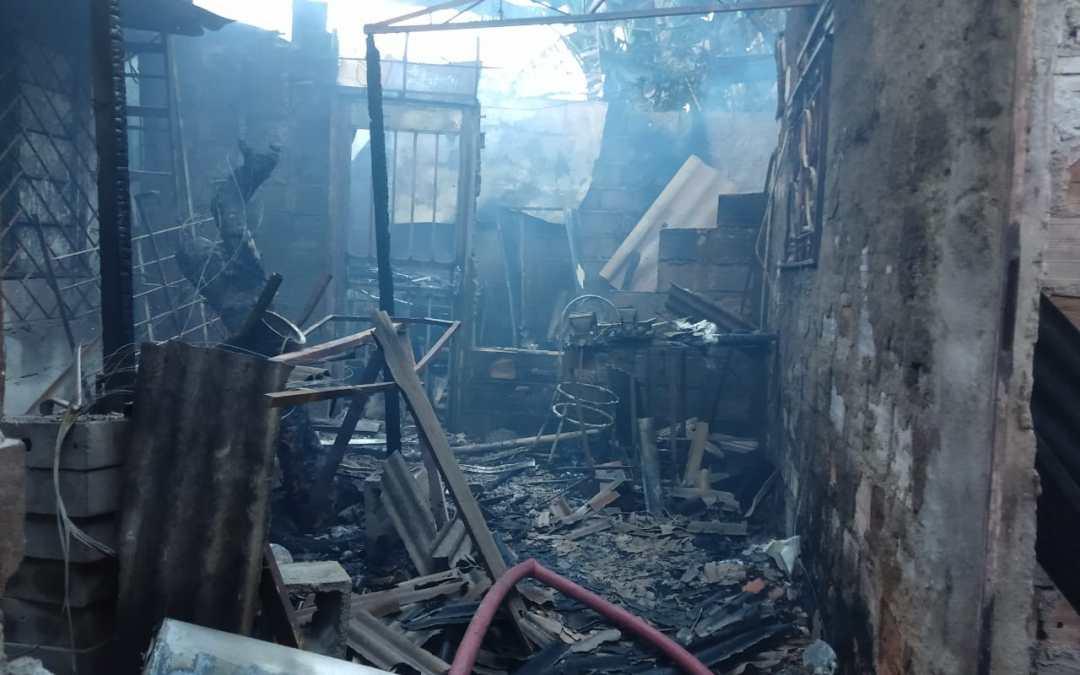 Homem morre durante incêndio em Divinópolis