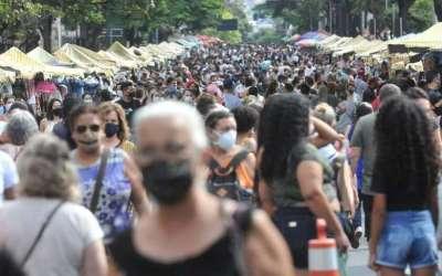 COVID: com 280 mortes em 24h, Minas chega a 42 mil mortos