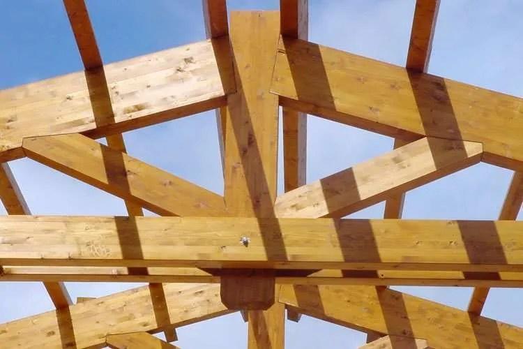 Capriate in legno su misura roma - Ampliare casa con struttura in legno ...