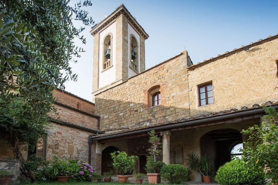 La corte della pieve di Sant'Appiano nel comune di Barberino val d'Elsa