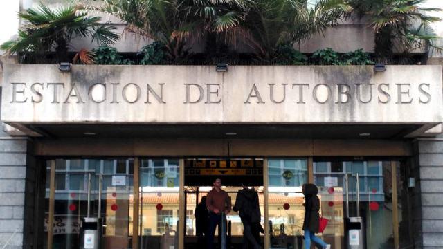 Errores en la inscripción de la Estación de Autobuses
